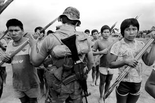 violencia politica SO19-11PH.72x600